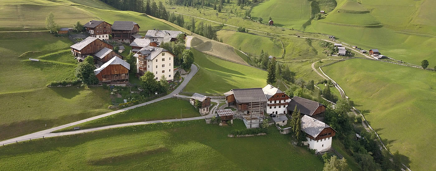Farm holiday, guest houses and refuges at Kronplatz