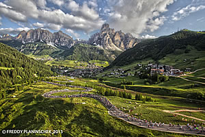 Die Maratona dles Dolomites in 2013 in Richtung Campolongo Pass