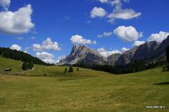 Alpine path Dolomites 2 Stage 2